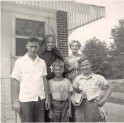 Sr. Mary Neuzil with family